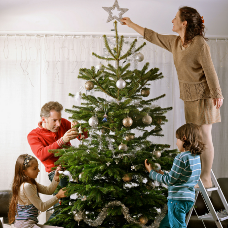 blog-christmas-holiday-decorating-safety