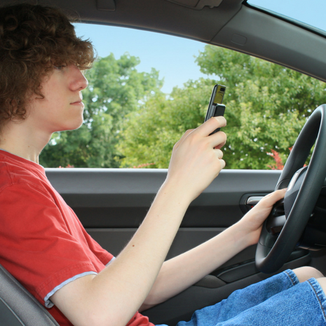 talk to teens about distracted driving